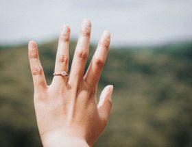 Betere nagels met nagelriemolie